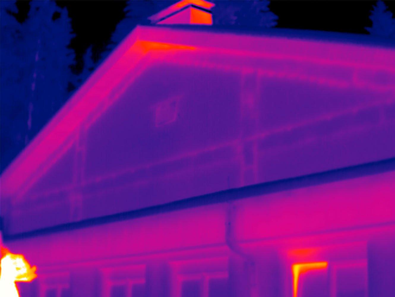 Bauthermografie Thermografiebild Hausfassade